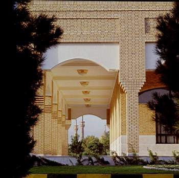 VIP-Imam-khomeini-shrine (1)