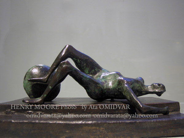 HENRY-MOORE-sculpture-Photo-Ata-OMIDVAR (19)