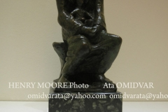 HENRY-MOORE-sculpture-Photo-Ata-OMIDVAR (1)