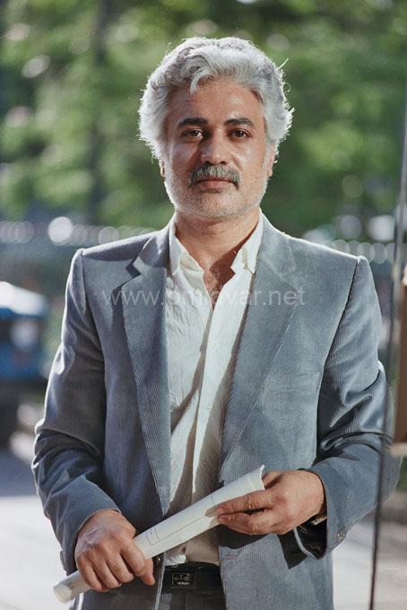Iranian-Graphist-Photo-DrOmidvar (2)