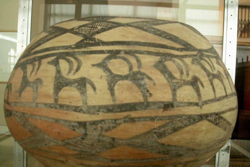Archeological-museum-Tehran02